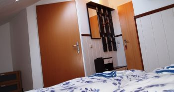 Double-room-small-kingsize-bed