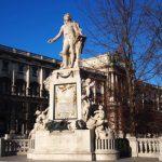 Statuia lui Mozart la Viena