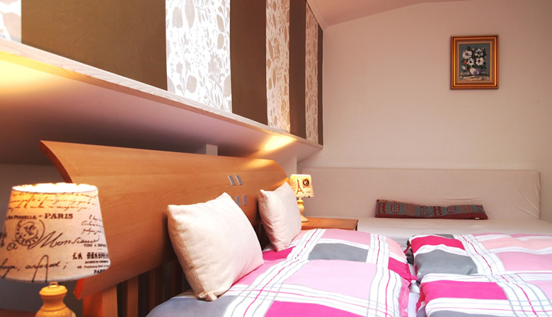 Camera dubla confort - Cazare la Viena - Pensiunea Lucinel