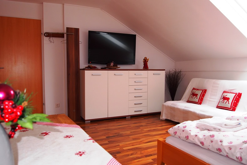 Camera dubla mare