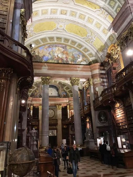 Biblioteca_nationala_Viena
