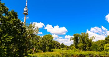 Turnul Dunarii ( Donau Turm ) din Viena